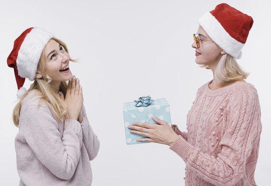 Что подарить сестре на Новый год