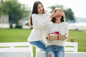 Что подарить на день рождения сестре