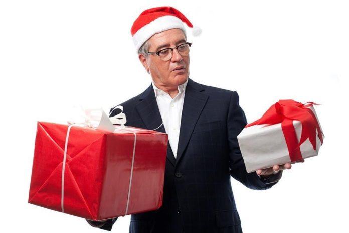 Что подарить на Новый год дедушке