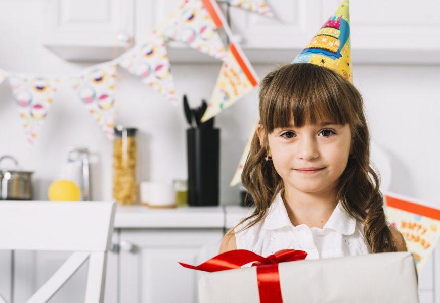 Что подарить девочке на 7 лет на день рождения